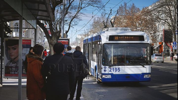 Nemulțumirile pasagerilor de troleibuz, în vizorul autorităților! Acum problemele pot fi raportate online (FOTO)