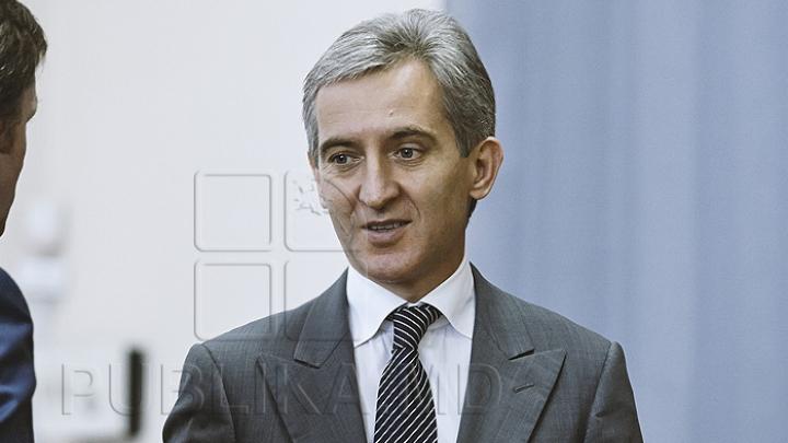 """""""Mă voi alătura lui Iurie Leancă"""". Un funcţionar anunţă că îşi dă demisia din Guvern"""