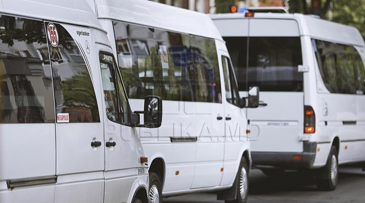 Primăria, cu ochii pe microbuzele din Capitală. Ce riscă unii agenţi economici DETALII