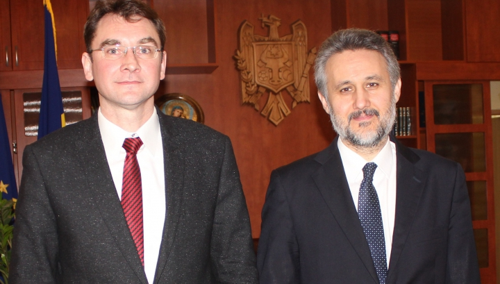 Vladimir Grosu, despre continuarea reformelor din domeniul justiţiei. Ce a vorbit cu Marius Lazurca