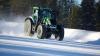 RECORD MONDIAL: 130 km/h pe zăpadă la volanul unui tractor (VIDEO)