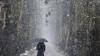 Iarnă în plină primăvara. Locuitorii unor țări balcanice se confruntă cu ninsori abundente (VIDEO)
