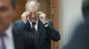 I S-A FĂCUT RĂU când a auzit sentința! Ex-ministrul Usatâi, ajutat de ofițerii CNA să iasă de la Curtea de Apel (VIDEO)
