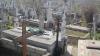 În preajma sărbătorilor pascale în cimitire a început marea curăţenie