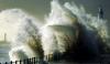 Cel puţin 24 de oameni au murit, iar peste 50 au fost răniţi din cauza unei furtuni puternice