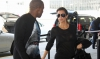 Vedeta TV Kim Kardashian, întâmpinată cu pâine şi sare în ţara sa de origine