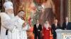 SEMN DIVIN? Lumânările patriarhului rus s-au stins în timpul Slujbei de Paşte (FOTO)