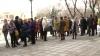Scandal la Bălţi. Zeci de comercianţi nemulţumiţi au protestat în faţa Primăriei