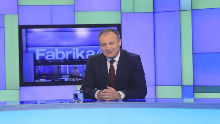 Andrian Candu vine în aceasta seară la Fabrika. Se vor discuta subiectele fierbinţi ale momentului din Moldova