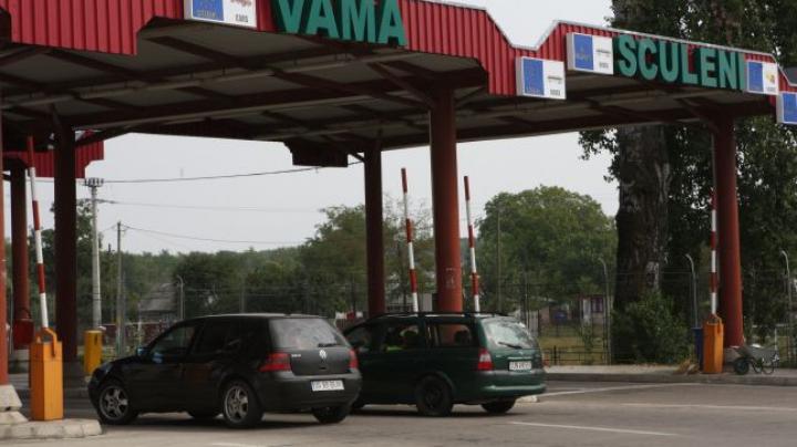 Are opt ani de când e furat. Un bărbat, oprit la vama Sculeni pentru ce aducea în Moldova (FOTO)