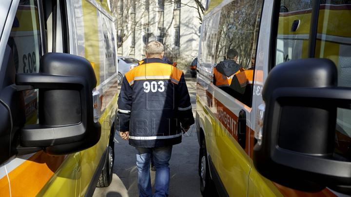 Au apelat 903. Patru femei au solicitat ajutor după ce s-au intoxicat cu gaze