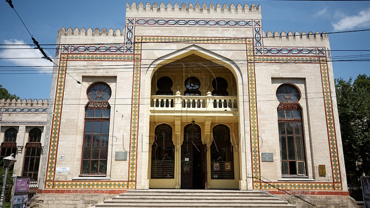 Muzeul Național de Etnografie și Istorie Naturală intră în reparaţie. Acoperişul edificiului va fi reparat capital