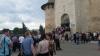 Îmbulzeală la intrarea în Cetatea Soroca. Curioşii s-au adunat din toate colţurile ţării (FOTO/VIDEO)