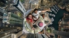 RISC pentru o poză de tip SELFIE. Doi tineri s-au fotografiat pe un turn de peste 650 de metri