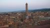 NO COMMENT. În Bologna, turiştii pot alege să stea în turnul infractorilor
