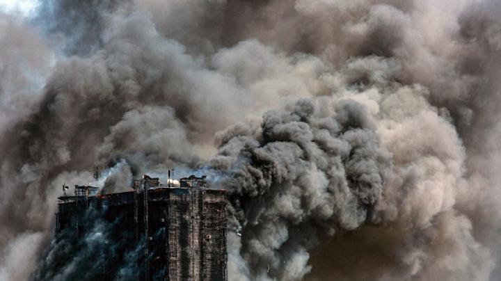 CLIPELE DE GROAZĂ din momentul  incendiului din Azerbaidjan (FOTOREPORT)