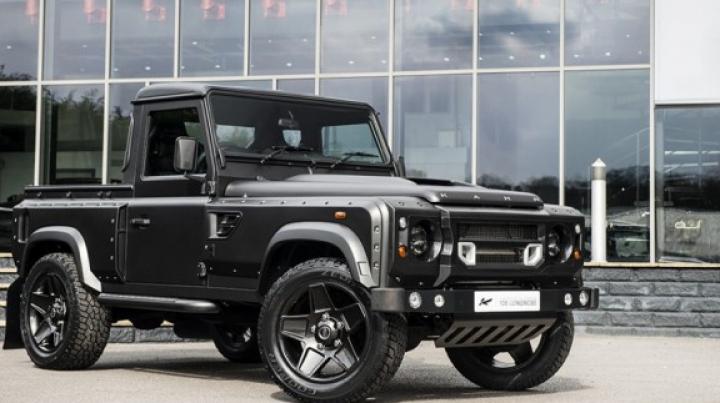 Atelierul Kahn Design a creat unul dintre cele mai brutale pick-up-uri Land Rover Defender