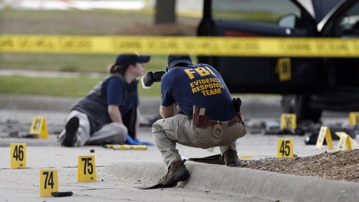 """Gruparea Statul Islamic a revendicat atacul din Texas: Alte """"lucruri oribile"""" urmează"""
