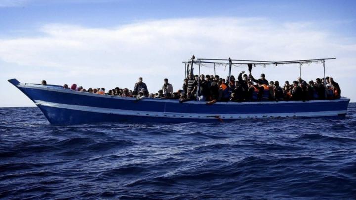 UE a aprobat planul operaţiunii de contracarare a traficului de imigranţi pe Marea Mediterană