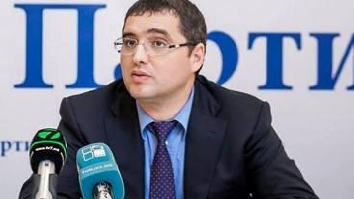 Penalul fugar Renato Usatîi este căutat de autorităţile din Federaţia Rusă
