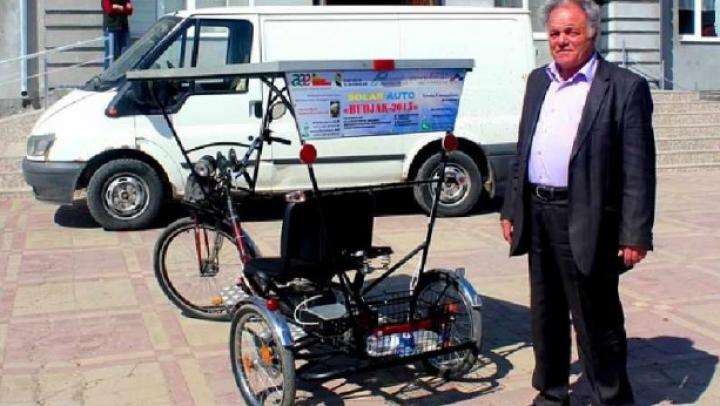 Tricicleta solară! INVENŢIA remarcabilă a unor elevi din Comrat