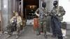 Declaraţie şocantă: Rebelii din estul Ucrainei folosesc copii înarmaţi la baraje rutiere