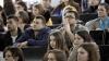 România oferă tinerilor moldoveni 5.000 de burse în licee şi universităţi
