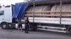 Marfă de contrabandă, în drum spre Ucraina. Un TIR cu 15 tone de alcool, depistat la Briceni