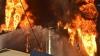 INCENDIUL de lângă Kiev de neoprit: Un rezervor care conţine benzină continuă să ARDĂ