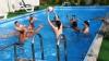 Sute de oameni au ieșit să se bălăcească la piscinele din Capitală. Ce recomandă medicii