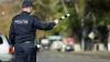 Poliţiştii i-au descoperit afacerea. De unde venea şi ce ascundea în automobil un şofer (FOTO)