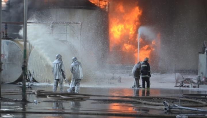 Incendiul DEVASTATOR din Ucraina: Salvatorii utilizează tancurile (FOTO)