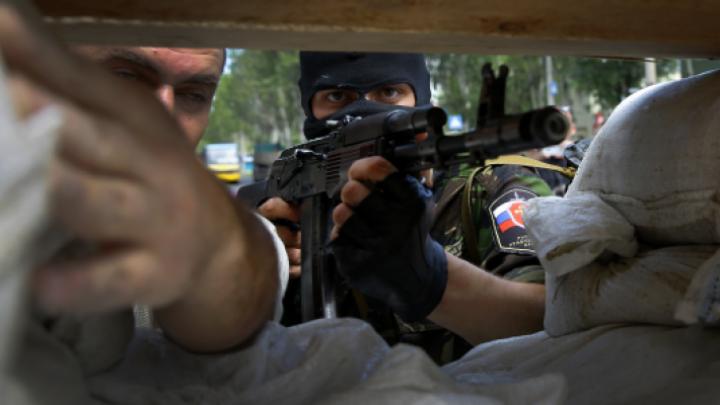 Ultimele 24 de ore în estul Ucrainei: Au avut loc cele mai multe atacuri ale separatiştilor