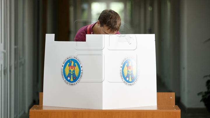 CEC a anunţat modalitatea de participare la scrutinul prezidențial a studenților și elevilor cu drept de vot