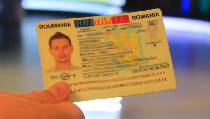LOCURILE unde se FALSIFICAU cărțile de identitate românești, DESCOPERITE. Două persoane au fost reținute (VIDEO)