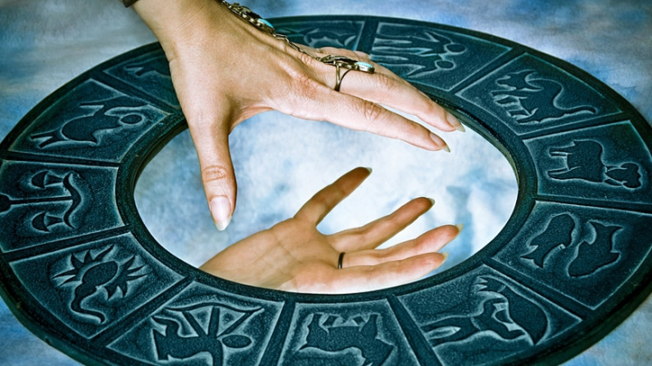 Horoscop: Taurii ar putea găsi locul de muncă râvnit, iar Scorpionii vor încheia o lucrare importantă