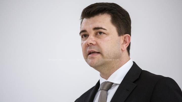 Vicepremierul în exerciţiu pentru Reintegrare, Victor Osipov, vine la Fabrika. Adresează-i o întrebare