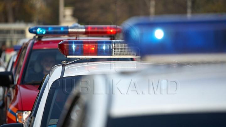 RUŞINOS! Motivul pentru care un minor a fost escortat la Inspectoratul de Poliție (FOTO)