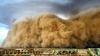 IMAGINI SPECTACULOASE! Fenomenul surprins în zona din care mii de oameni au fost evacuaţi (VIDEO)