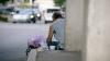Incident tragic! Ce a păţit un boschetar din Capitală care s-a implicat în cearta unui cuplu (VIDEO)