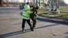 """""""Ia camera că o să-ți stric becul"""". Patru tineri au ajuns la poliţie după o bătaie la Buiucani (VIDEO)"""