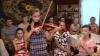 Tradiție mai presus de condiție! Sacrificiile profesorului de muzică din satul Țarigrad (VIDEO)