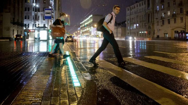 Inovaţie în infrastructura rutieră. Semafoarele neobişnuite instalate la Moscova