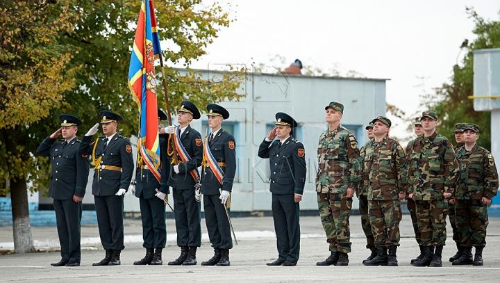 """Bătălie crâncenă la Academia Militară """"Alexandru cel Bun"""" din Chişinău. Câte fete vor fi admise la studii"""