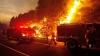 ARDE coasta de vest a Americii: Sute de case făcute scrum şi mii de oameni evacuaţi (VIDEO)