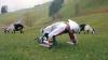 DE NECREZUT! Un bărbat a decis să trăiască temporar ca o capră (FOTO)