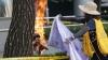 Spirit încins la propriu. Un bărbat şi-a dat foc în faţa ambasadei Japoniei