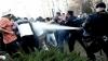Conflicte la hotarul Ungariei cu Serbia. Mai mulţi imigranți au fost dispersaţi cu gaze lacrimogene