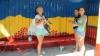 Ialoveniul, mai COLORAT! Iniţiativa unor tineri care transformă staţiile de aşteptare în opere de artă