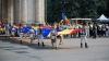 Parada portului popular. Zeci de oameni au defilat în costume naționale în Piața Marii Adunări Naționale (FOTOREPORT)
